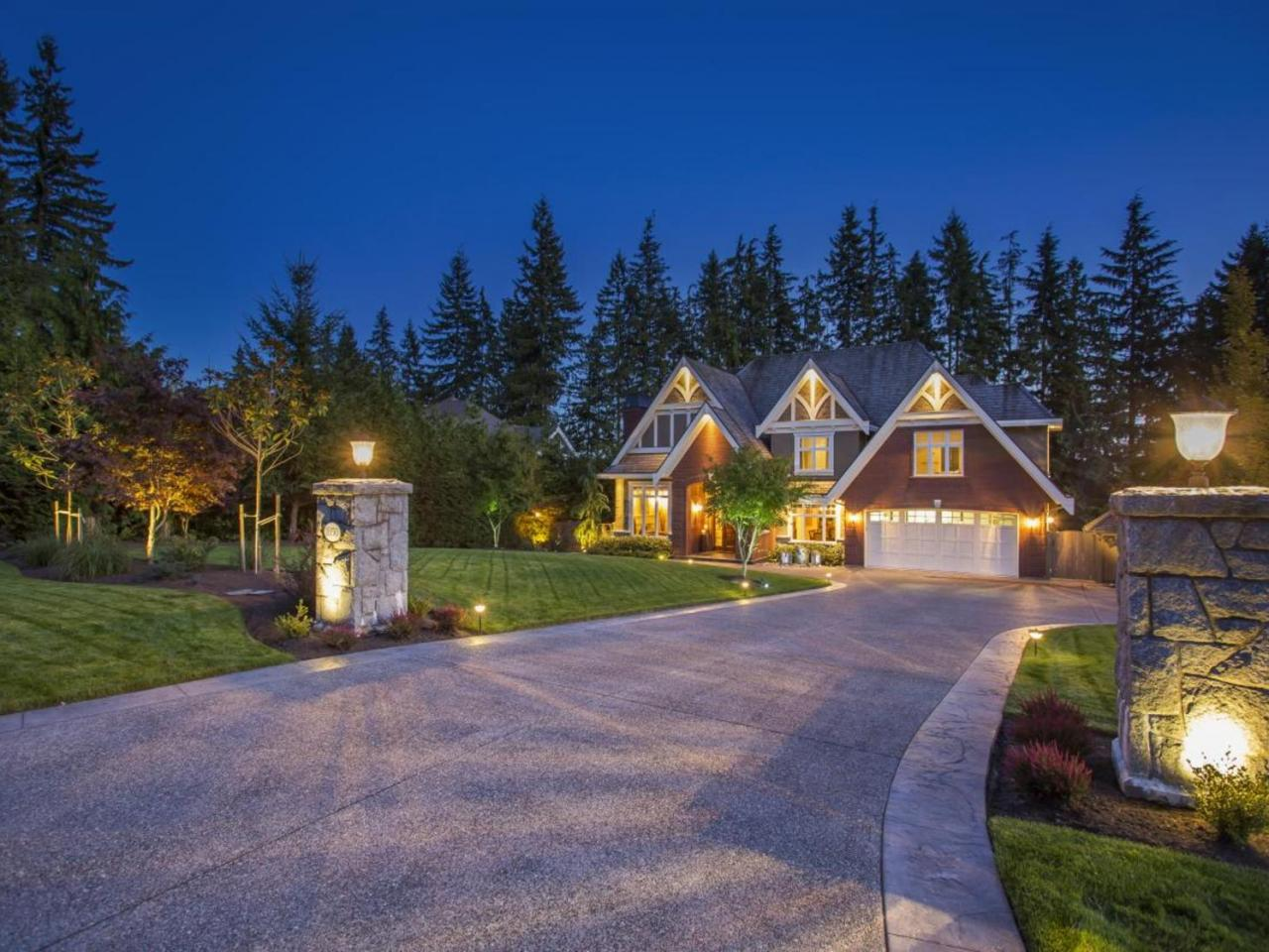 1050 Magnolia Way, Anmore, Port Moody